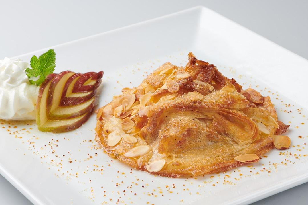 Desserts gastronomiques : tourtière aux pommes